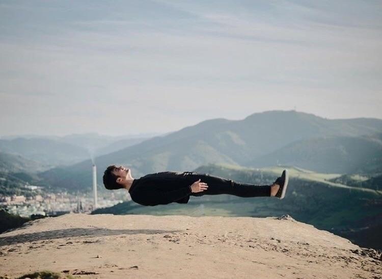Levitate - photography, levitate - jxndiaz   ello