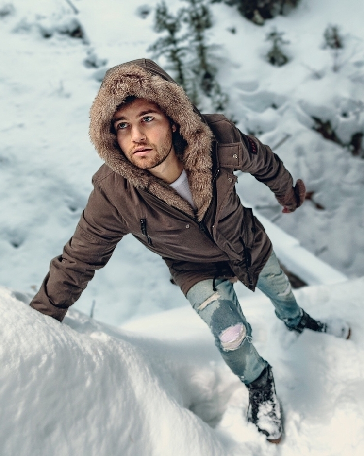 Montana, snow, winter, winterfashion - elephant-guyy | ello