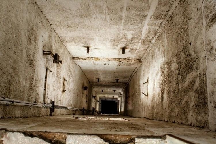 Urbex Elevator - urban, urbex, urbexphotography - allorente_ | ello