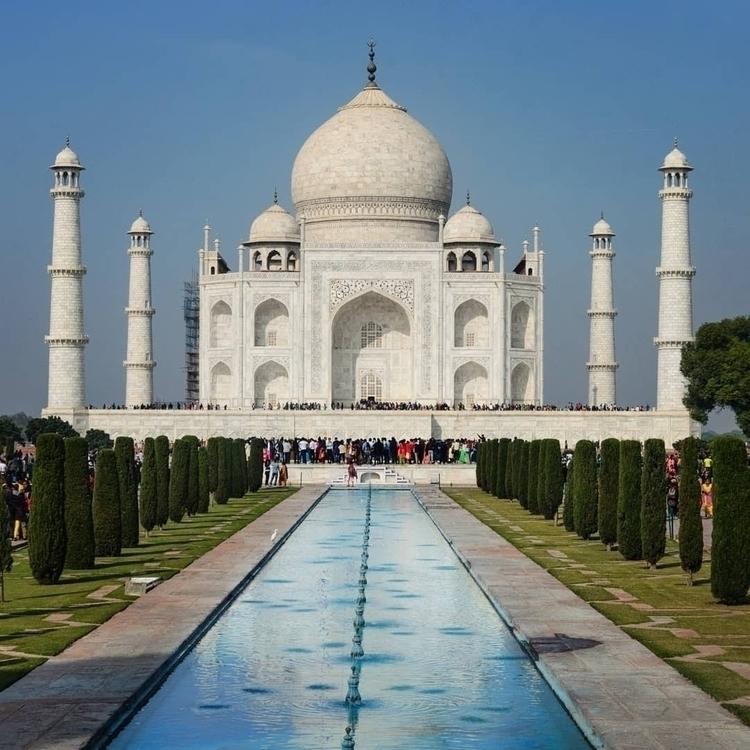 Taj Mahal - vishwesh-k | ello