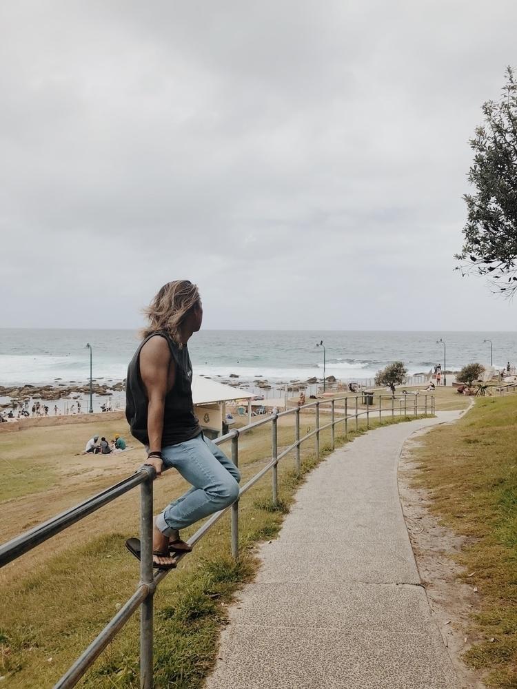 Good Vibes Happen Tides - australia - chrisbelcina   ello
