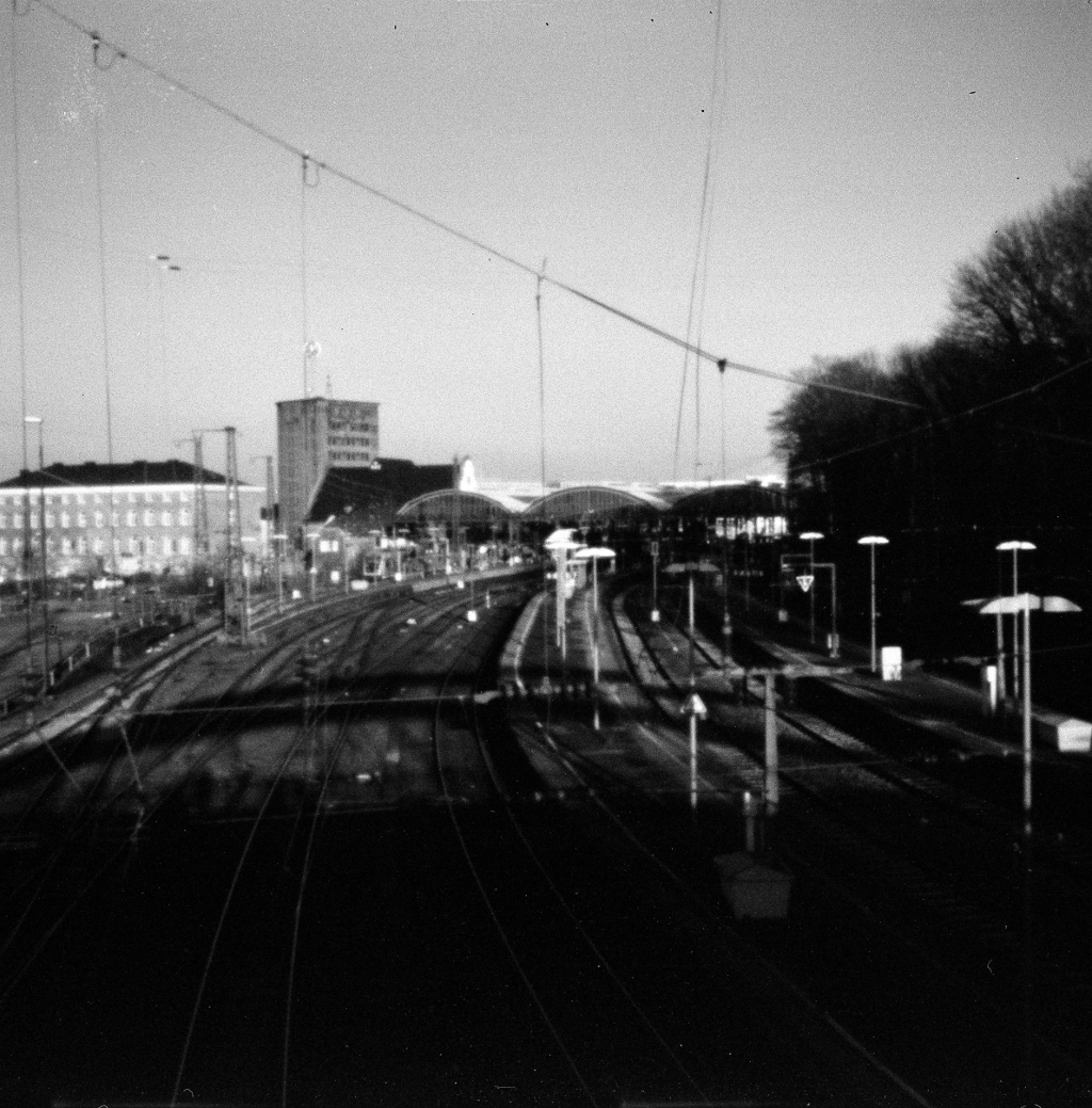 Aachen HBF Camera: Agfa Isola P - walter_ac   ello