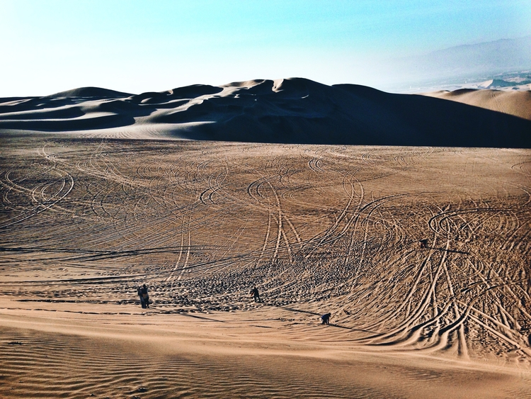 Sand boarding Huacachina - photography - itsval | ello