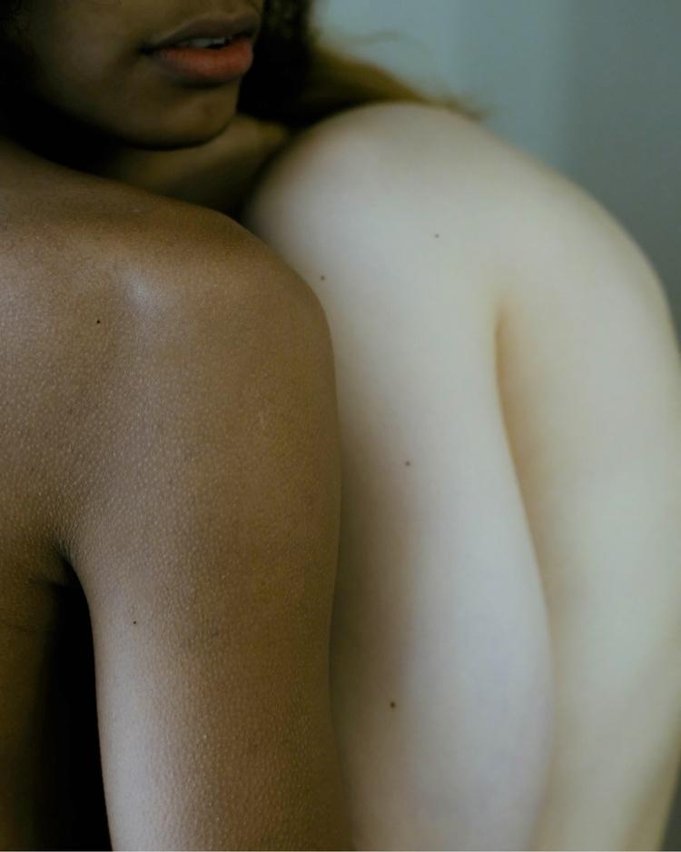 Tomemos la piel como una extens - socramphotophobia   ello