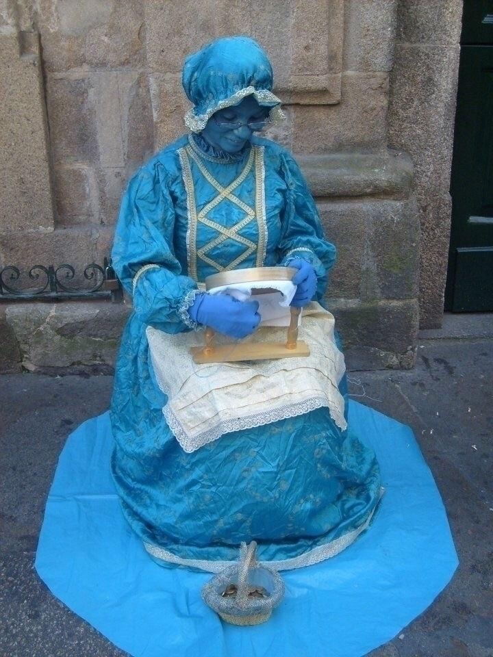 medieval art - costurera, blue, carnaval - monchy | ello