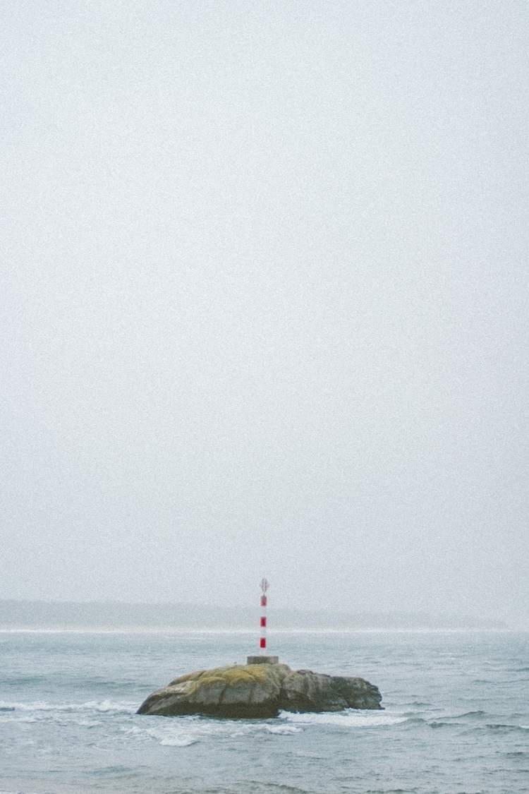 Title: focus picture travels, c - isosebas | ello