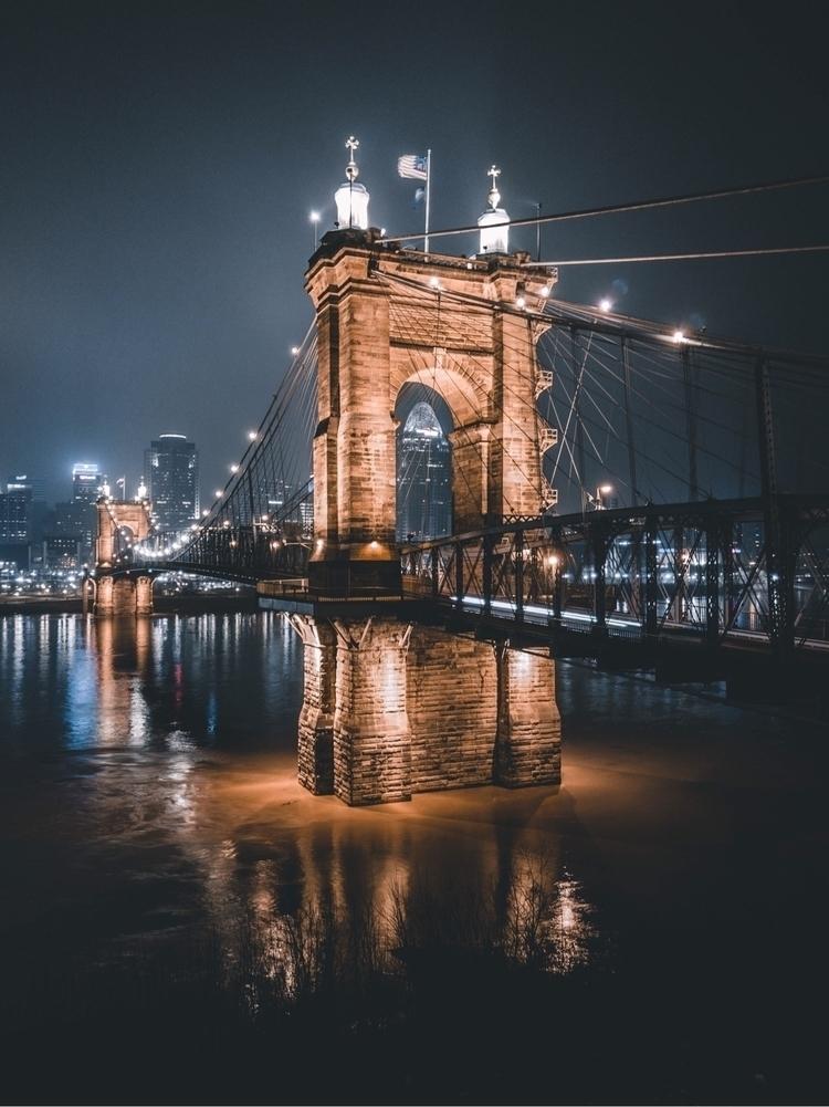 lit  - landscape, city, moody, love - jakeblucker | ello