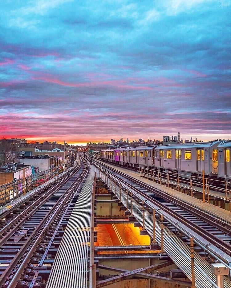 track goals year - nyc, newyork - kevinhannphoto | ello