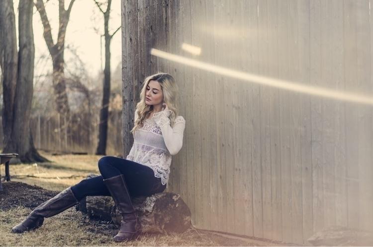 sunshine, today?  - vsco, visualsoflife - sarahxslr | ello