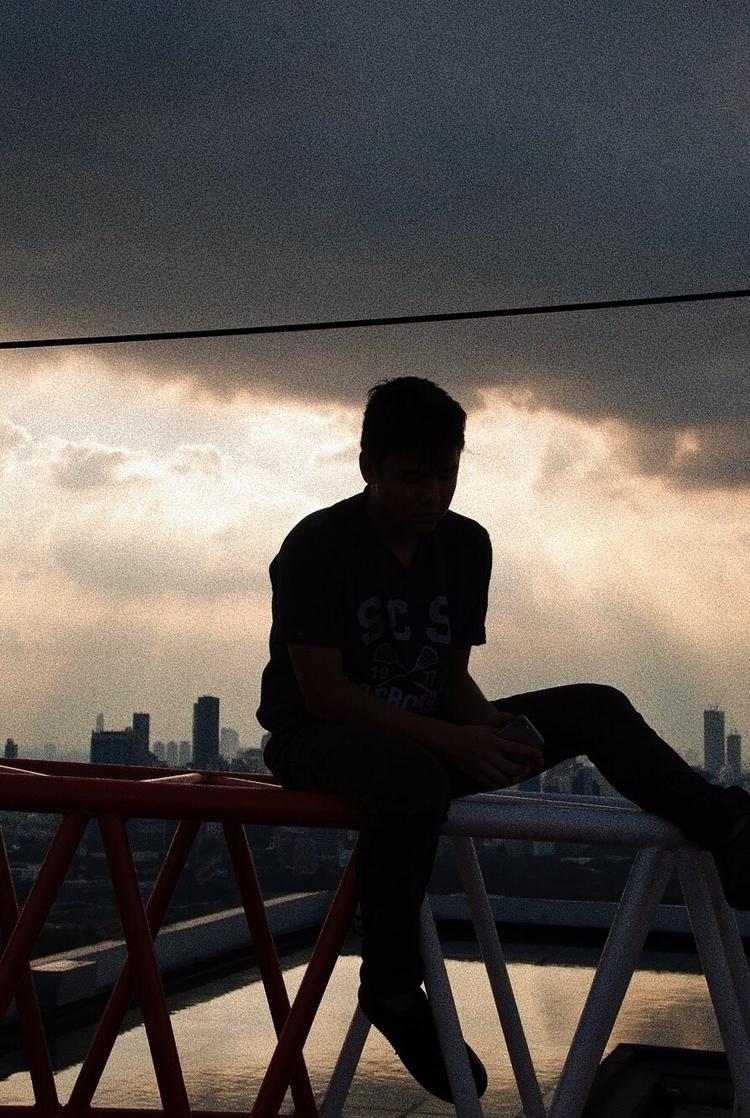 edge seat? —— // Submitted Desi - nathanielav | ello