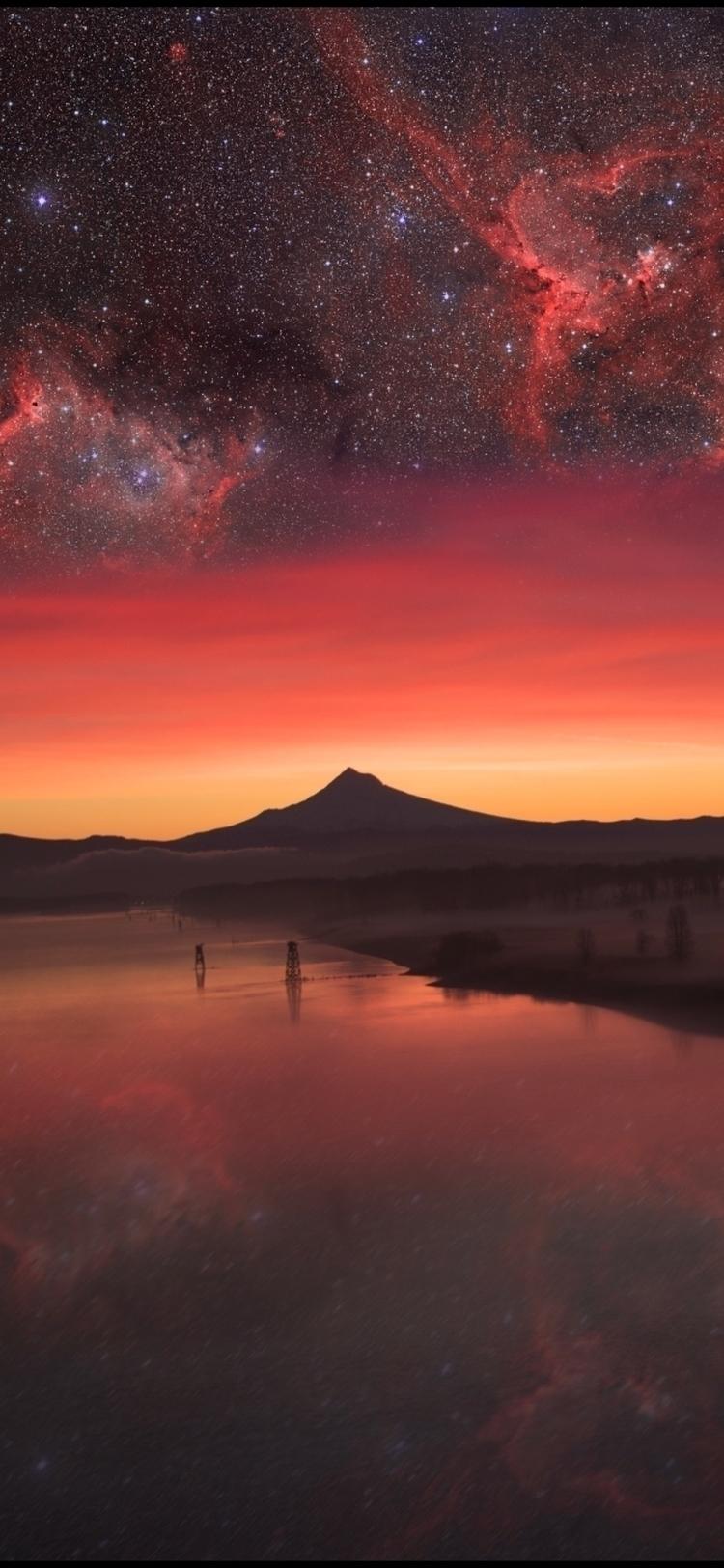 Dreamscape. Playing shot Mt. Ho - drdarius7 | ello