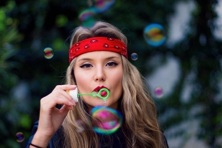 VALENTINA - Bubbles, portrait, photography - wandal | ello