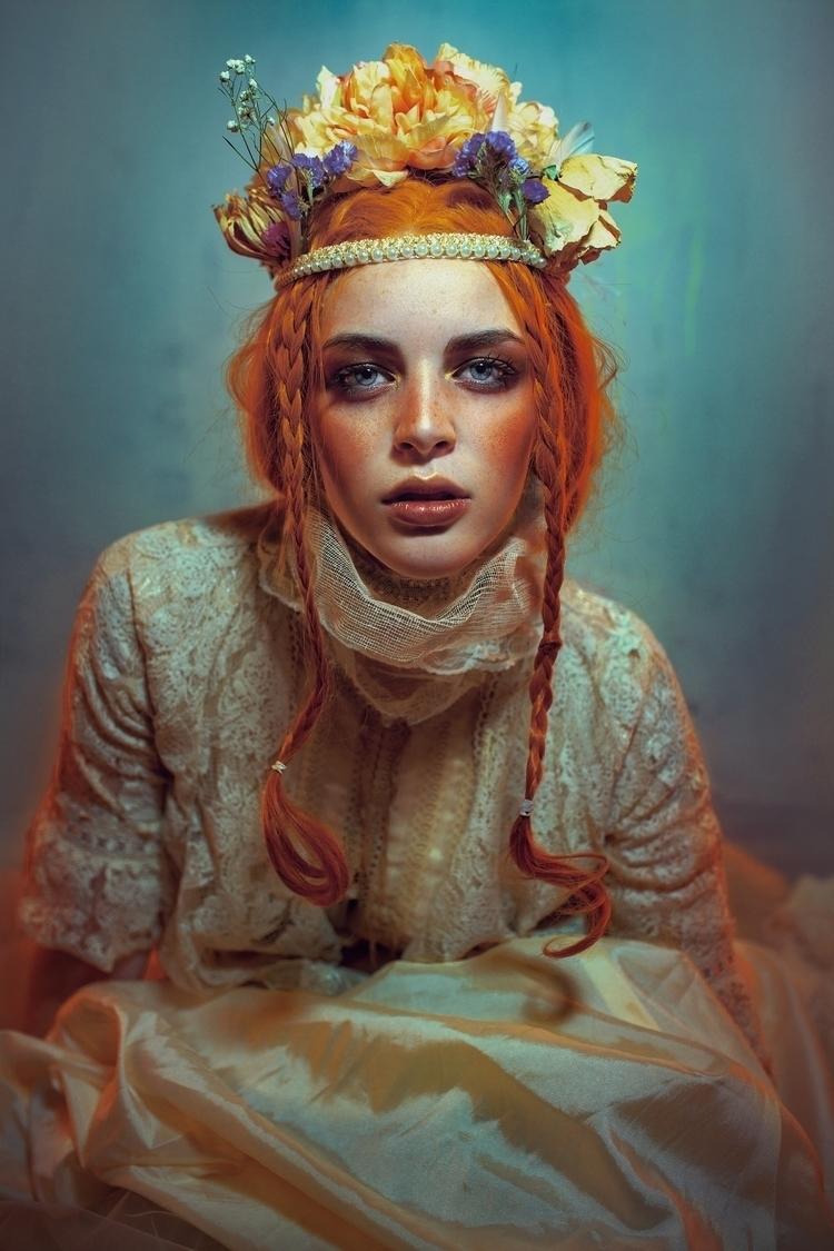 Model. Sara Vela - rektmag, endlessfaces - f-estival | ello