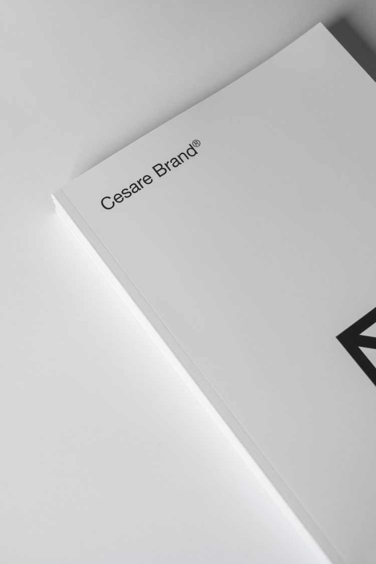 Nós amamos minimalismo. Conheça - cesarebrand   ello
