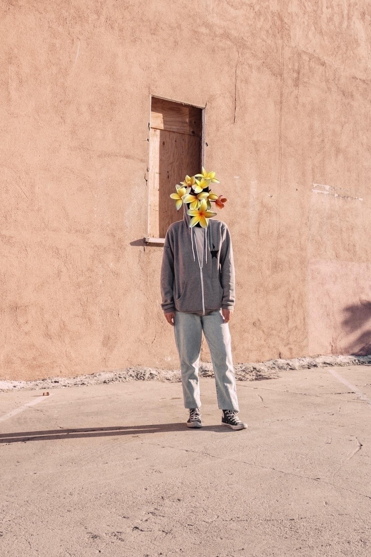 Overflowin - creative, shadowsandlight - amiela | ello