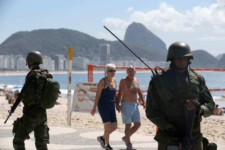 Brasil não é um país para sóbri - herosmoraes   ello