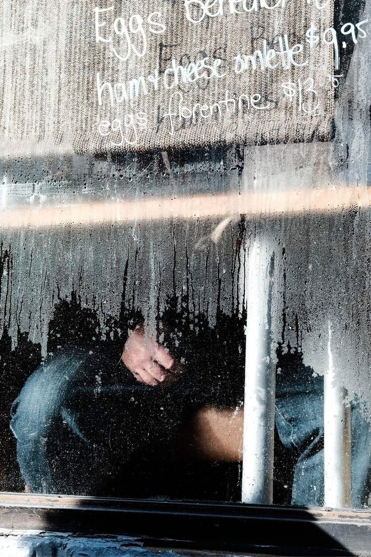 Crystal wall - toronto, streetphotography - die_hofer   ello