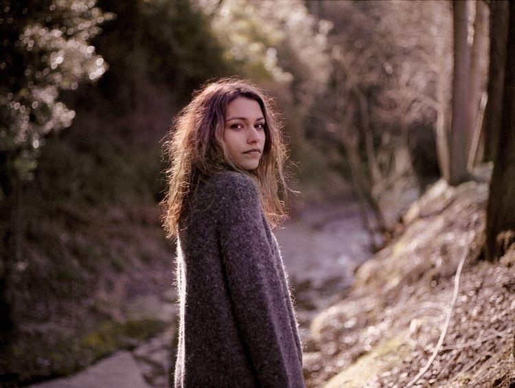 walk girlfriend Mamiya 645 - photography - martillavina | ello