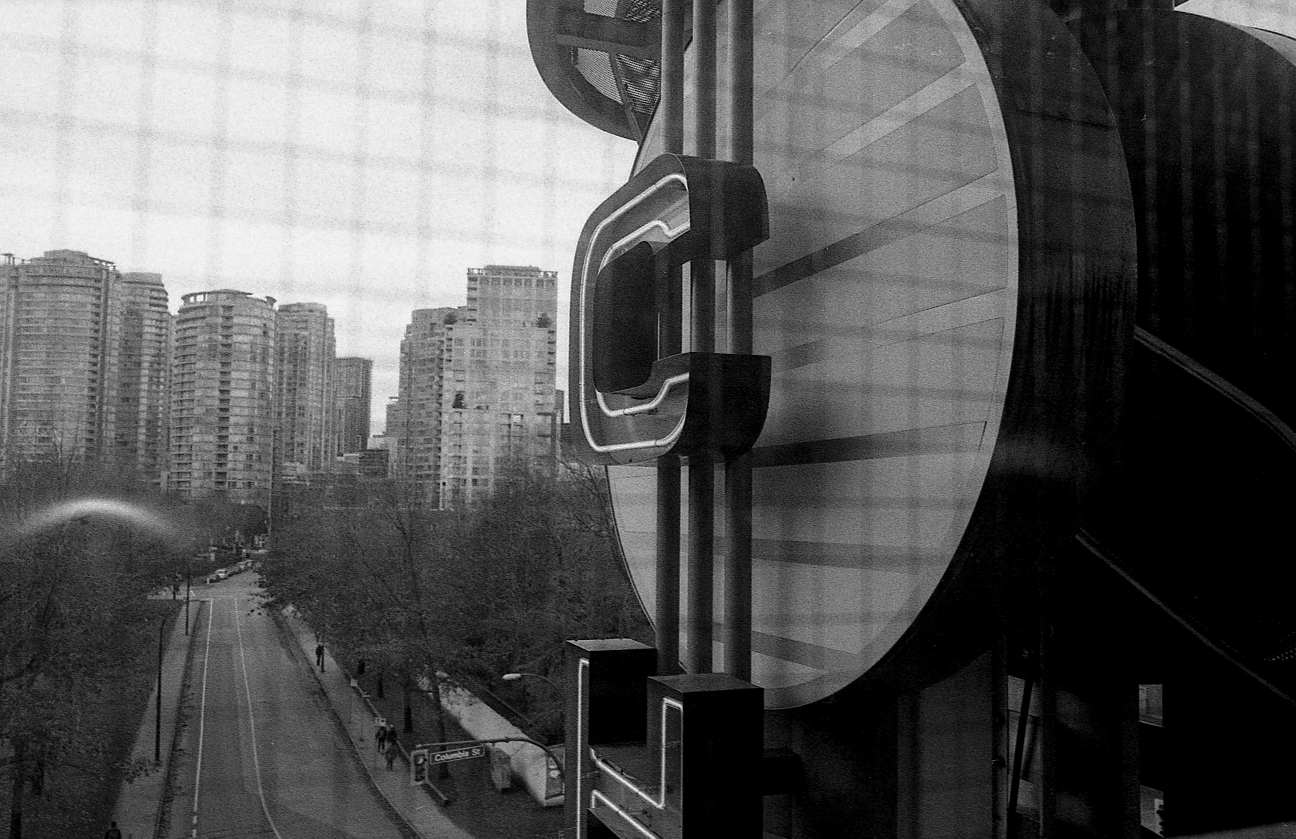 Chinatown - monochrome, blackandwhitephoto - kch | ello