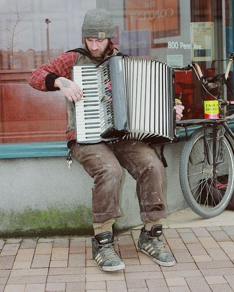met guy downtown pittsburgh tod - localbrownboy_   ello
