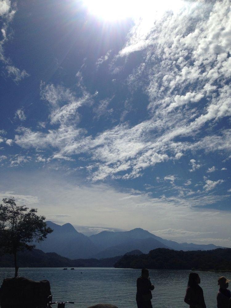 Sun moon lake - ellokaifu | ello