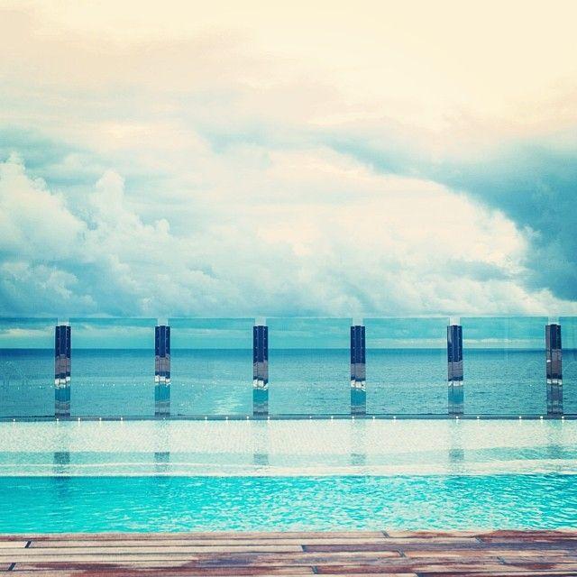 Wanna hop - pool, infinitypool, cruise - teufelchristoph | ello