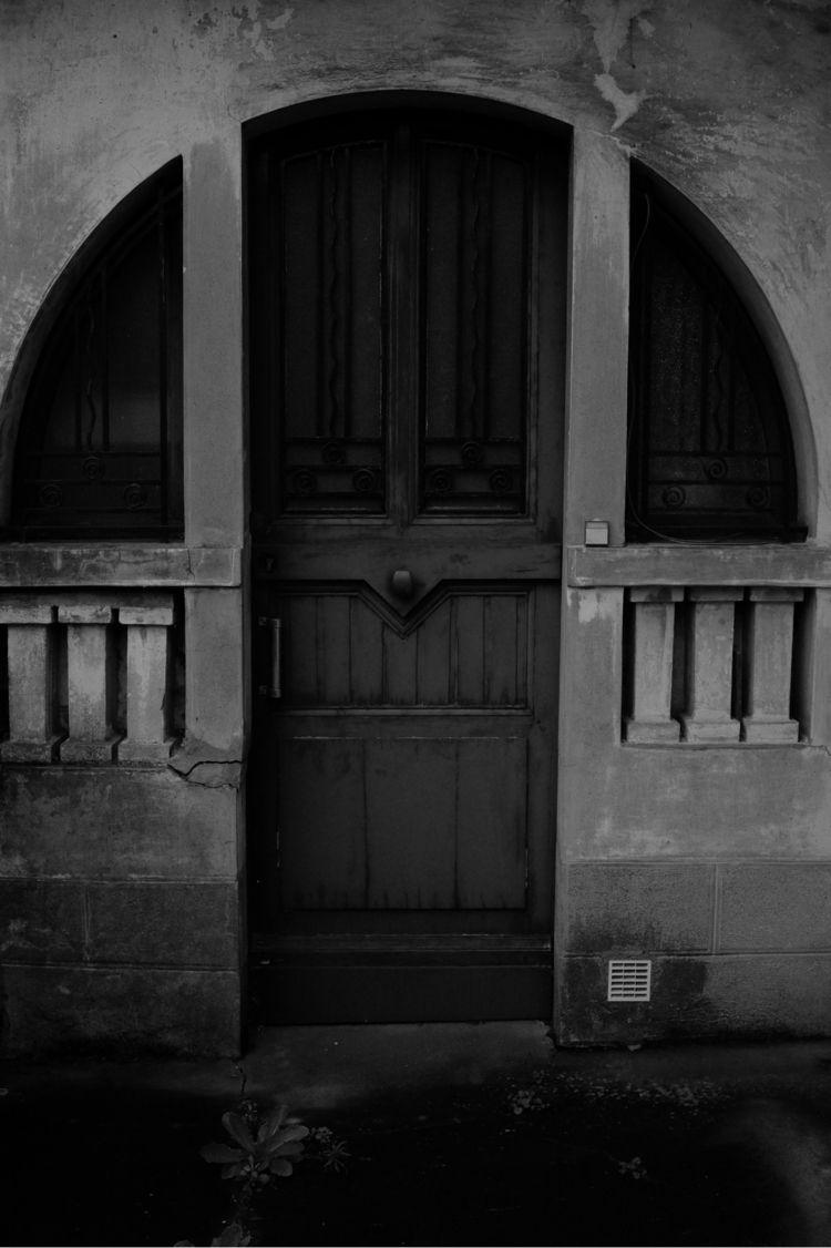 Entry. Vitré, France - blindeffect   ello