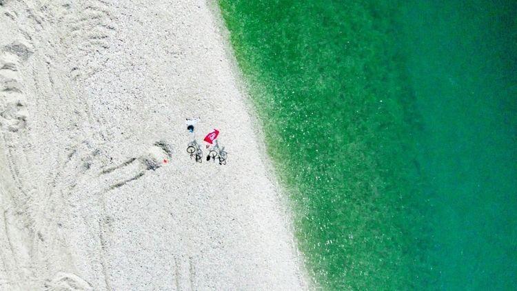 Bikes beach! sandspit river Sav - kap_jasa | ello