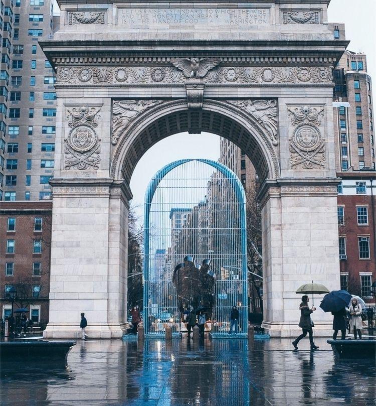 rain applause  - newyorker, nycprimeshot - hwongexposure | ello