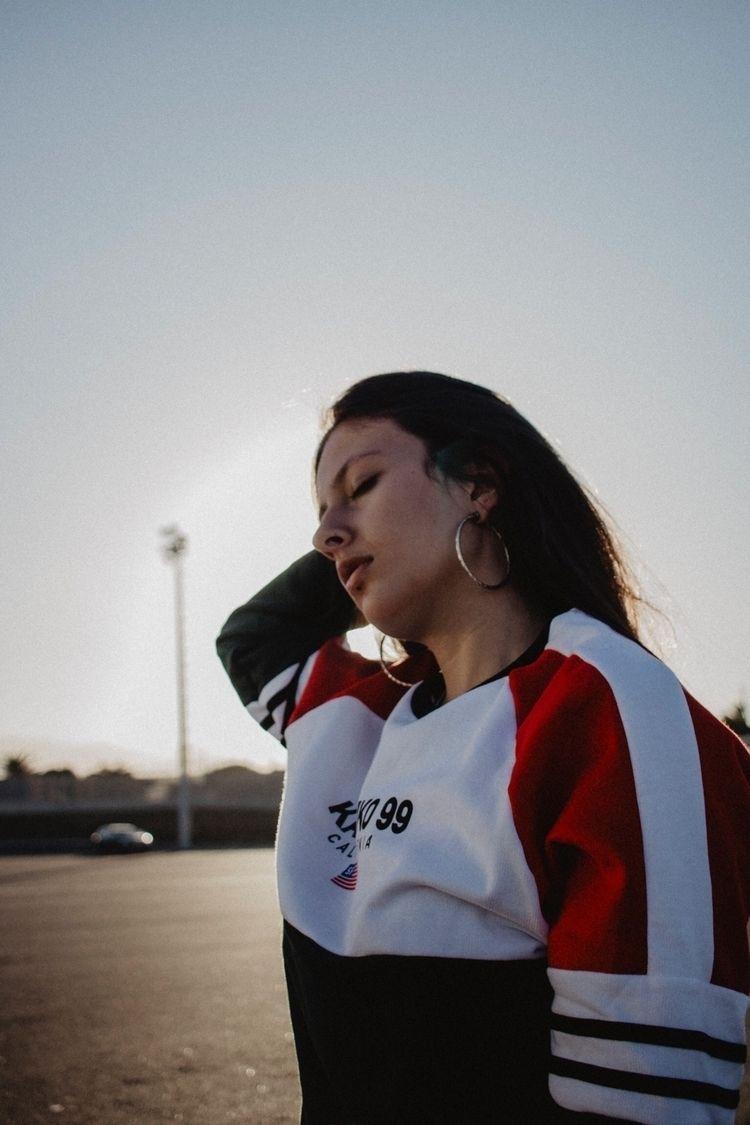 portrait, girl, photography, blueandyellow - aleibanezvega | ello