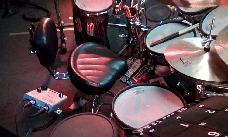workplace - naberie-drum   ello