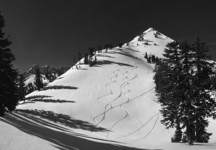 Snowcapped peaks Lassen Volcani - aaronvizzini | ello
