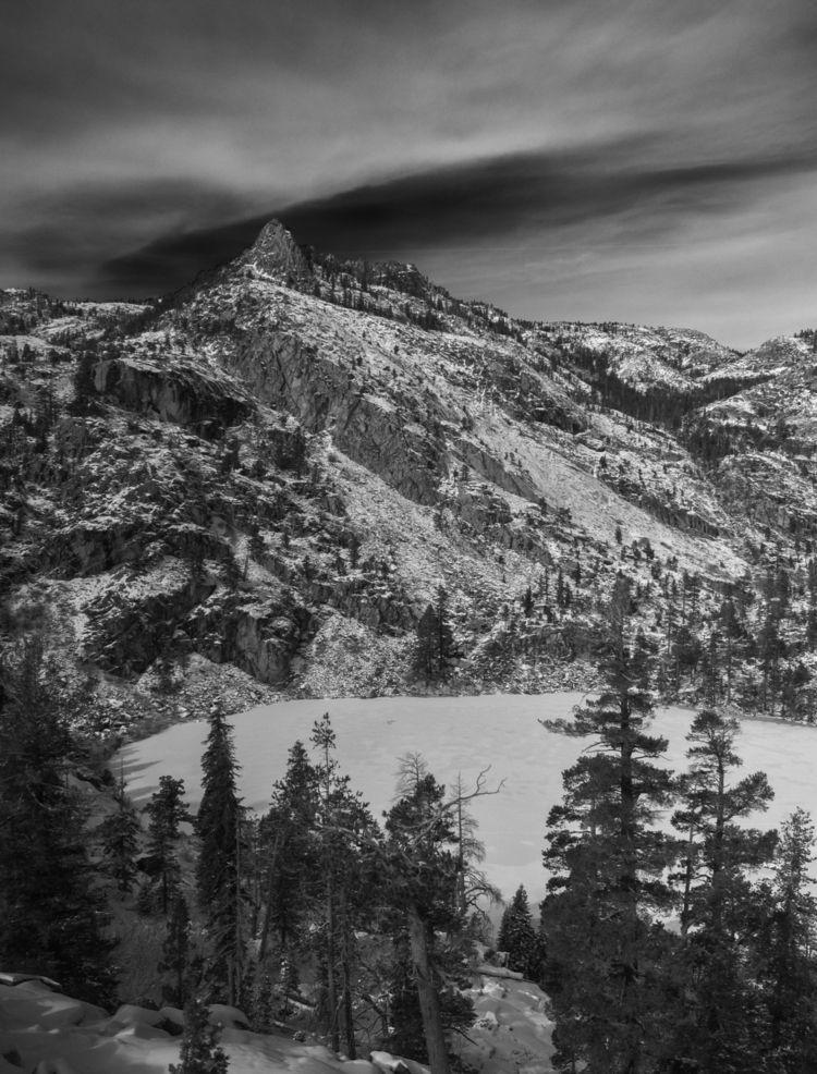 high peaks Eagle Lake, Desolati - aaronvizzini | ello
