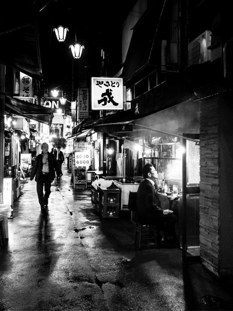 tokyo photo:beer - bnw, blackandwhite - daddyworks | ello