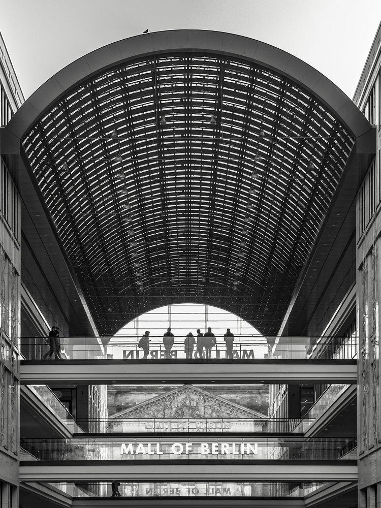 Mall Berlin - ellophotography, blackandwhite - gkowallek | ello