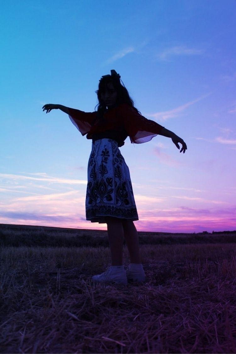cielo de occidente :wind_face:️ - noedelrey | ello