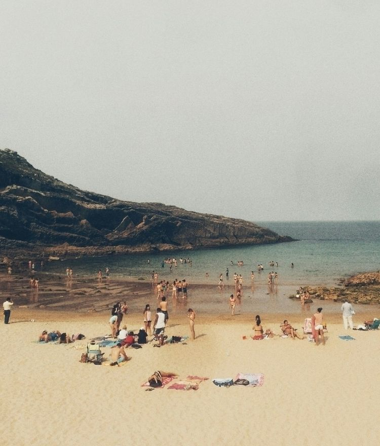 :beach_umbrella:️:beach_umbrell - noedelrey | ello
