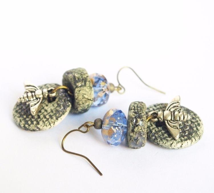 Bzzzzz  - bee, abeille, spring, earrings - cocoflower | ello