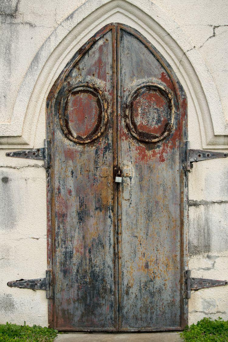 Portals - architecture, doors, cemetery - jtmphoto | ello