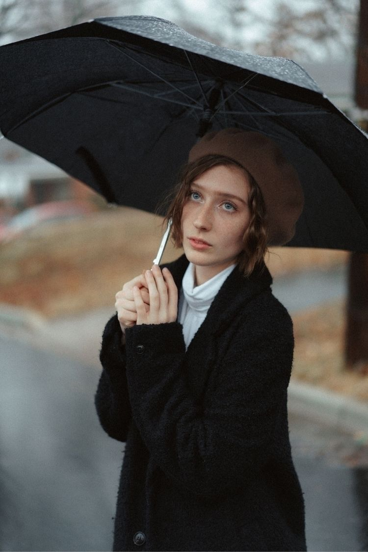 // Krista rain.  - portraits, people - jahnschavez | ello