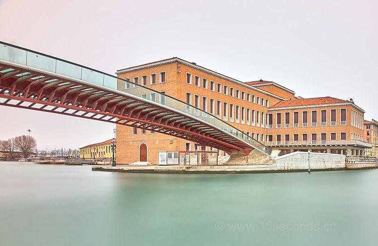 Venice, Calatrava 360s, ISO100 - mickinger | ello