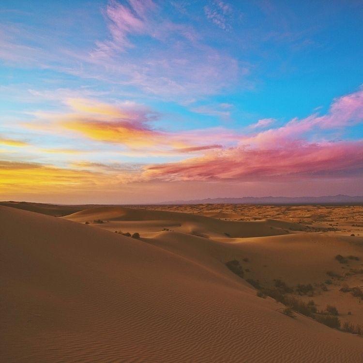 desert aka Glamis sand dunes. w - mattmarquez | ello