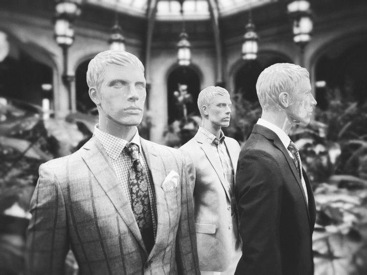 Mannequins - photomanipulation, photography - oscillatingchristal   ello