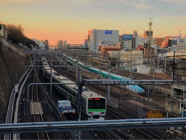 Tokyo - maanpalces | ello