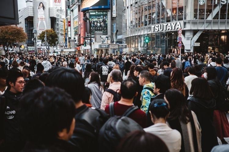 Shibuya crossing, Tokyo - tokyo - adamkozlowski | ello