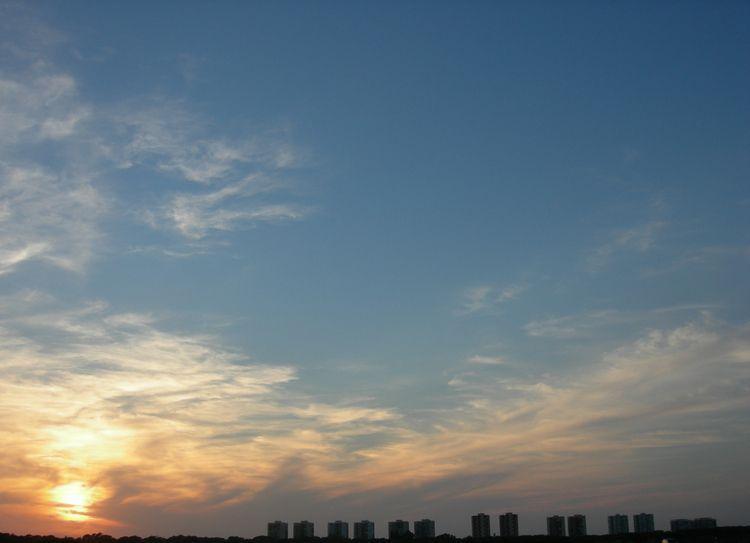 Valencia, Spain - sunset, sky, photography - ivop | ello