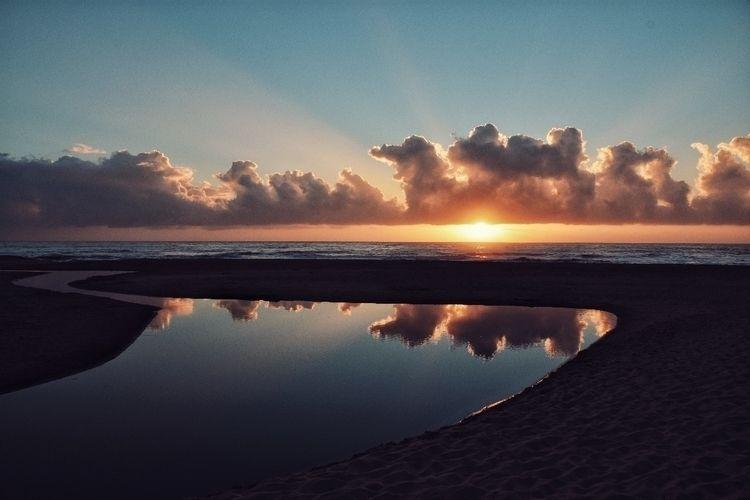 Sunrise coast - fedodes | ello