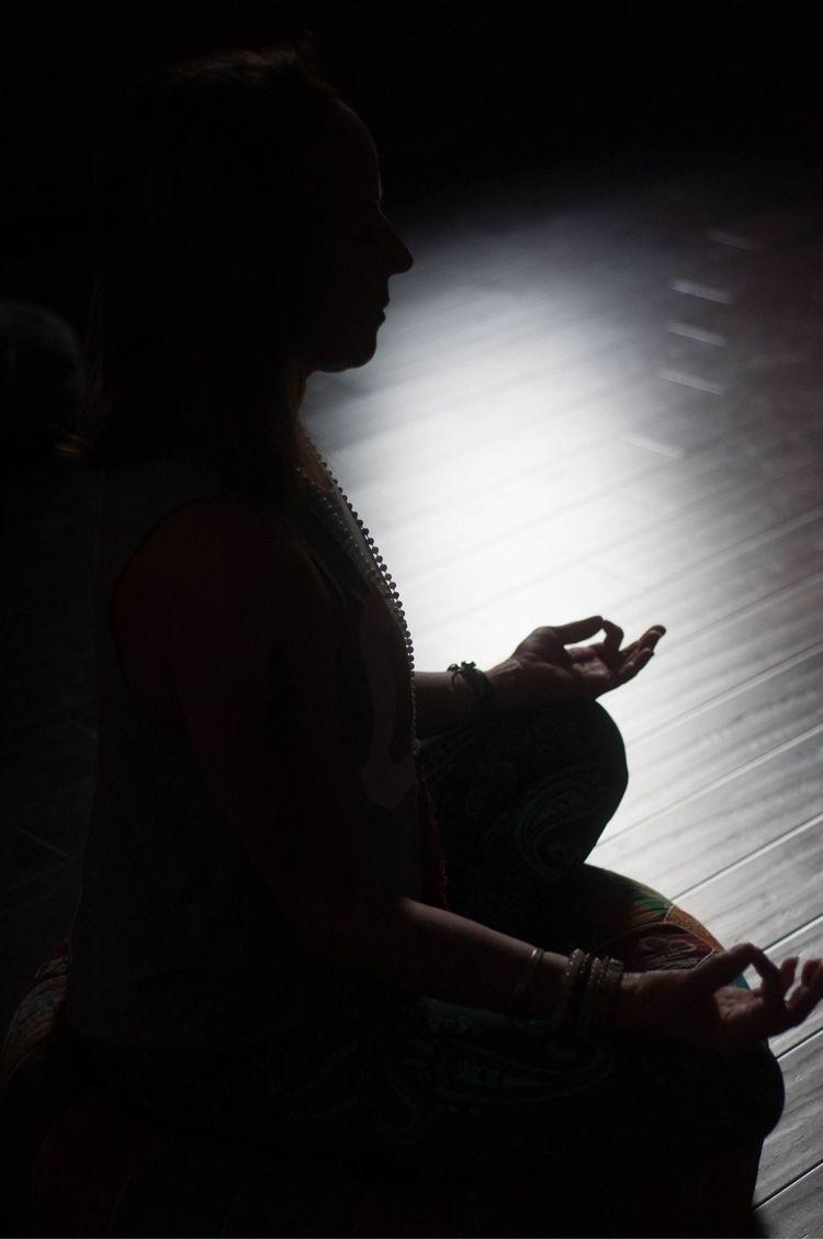 Namaste - yoga, silhouette, blackandwhite - applezoid   ello