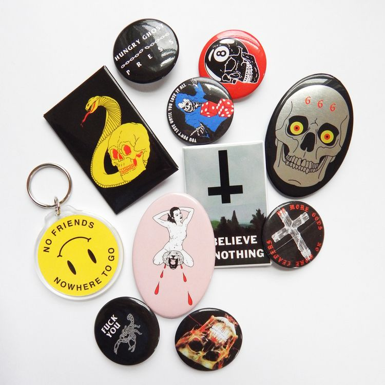 Tons buttons accessories shop P - hungryghostpress | ello