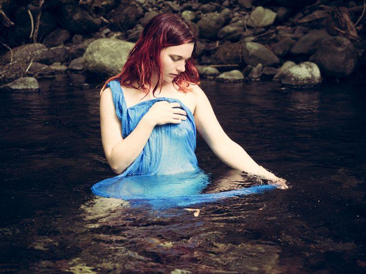 redandblue, redhead, creek, goldstream - akinokitsune | ello